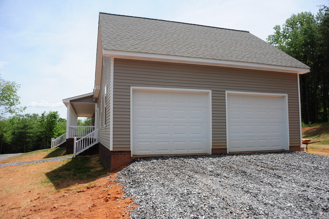 Big Modular Breezeway From Choice Housing Statesville