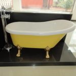 Colored Bathtub Ideas For Refreshing The Bathroom Creativeresidence