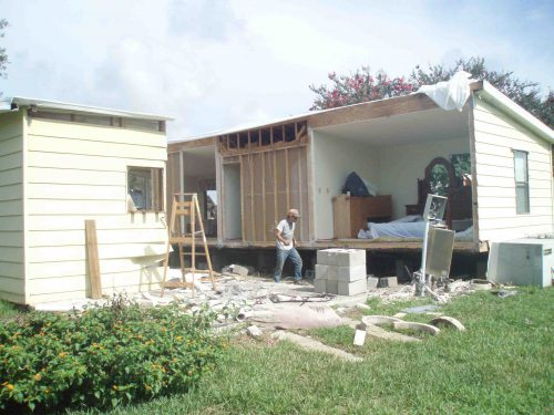 Mobile Homes Being Hauled Away Villages Buying Properties