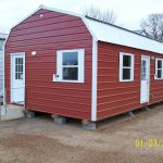 Small Portable Cabins Stay Alive Inside Mobile Home