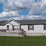 The Affordable Double Wide Skirting Ideas For Your Mobile Homes