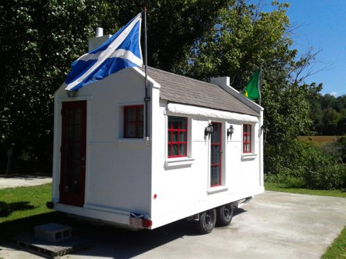 Tiny Mobile Kitchen House Swoon
