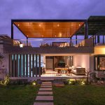 Chic Seasonal Beach House Peru Romo